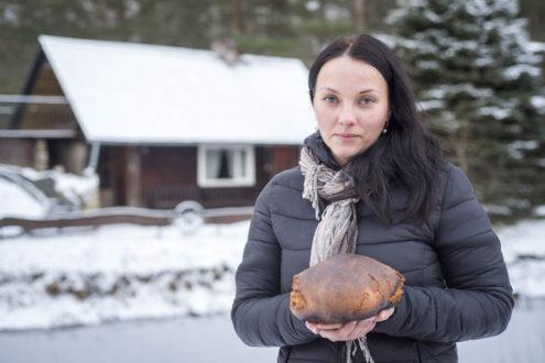 TUESI.LV | Linda Lieljukse - cep maizi un uzņem viesus